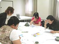 主婦やOLと共同の商品・サービス開発イメージ写真